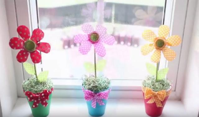 cara membuat bunga dari botol bekas