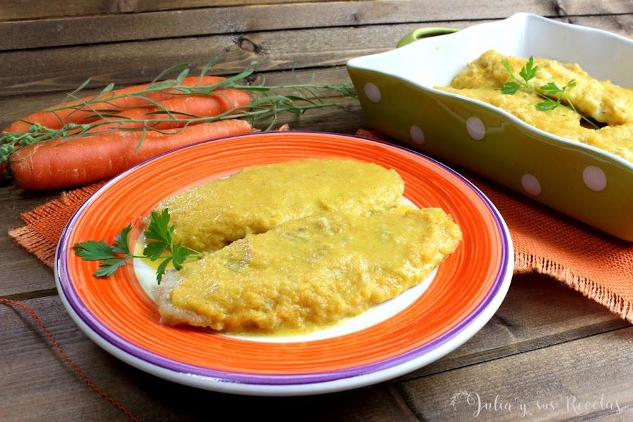 Filetes de merluza en salsa de zanahorias. Julia y sus recetas