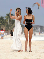 Nina+Dobrev+in+Bikini+Playful+Pics+in+bLack+Wow+at+a+Beach+in+Mexico+%7E+SexyCelebs.in+Exclusive+05.jpg