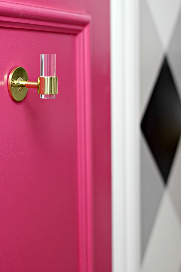 powder bath makeover, before and after, one room challenge, luxholdups, lucite and brass robe towel hook, hot pink door