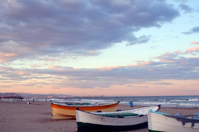 Praia El Cabanyal-Arenas em Valência