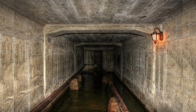 ruang bawah tanah penjara jongkok lawang sewu wisata semarang