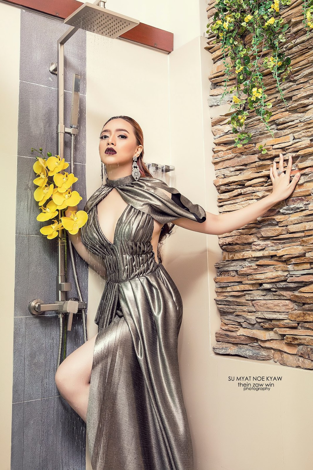Su Myat Noe Kyaw In Bath Tab Fashion Photoshoot