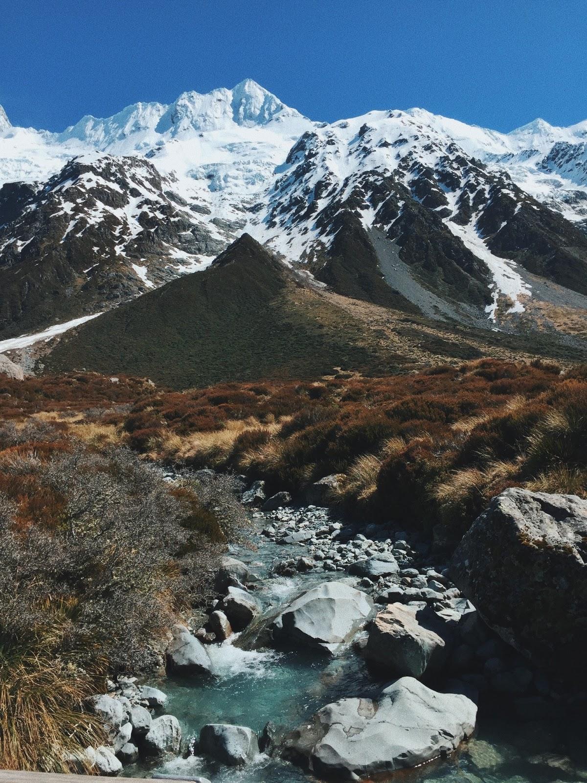 QUEENSTOWN, NEW ZEALAND - NAKEDSTYLE