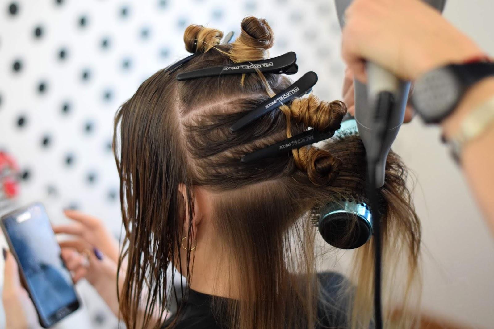 odbudowa włosów