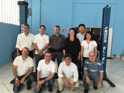 Rotary Club de Registro Ouro, ACIAR e Conseg doam equipamentos à PM