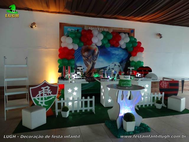 Decoração aniversário infantil tema futebol Fluminense x Flamengo - mesa temática