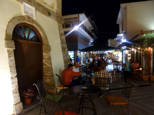 Outdoor cafes in Preveza