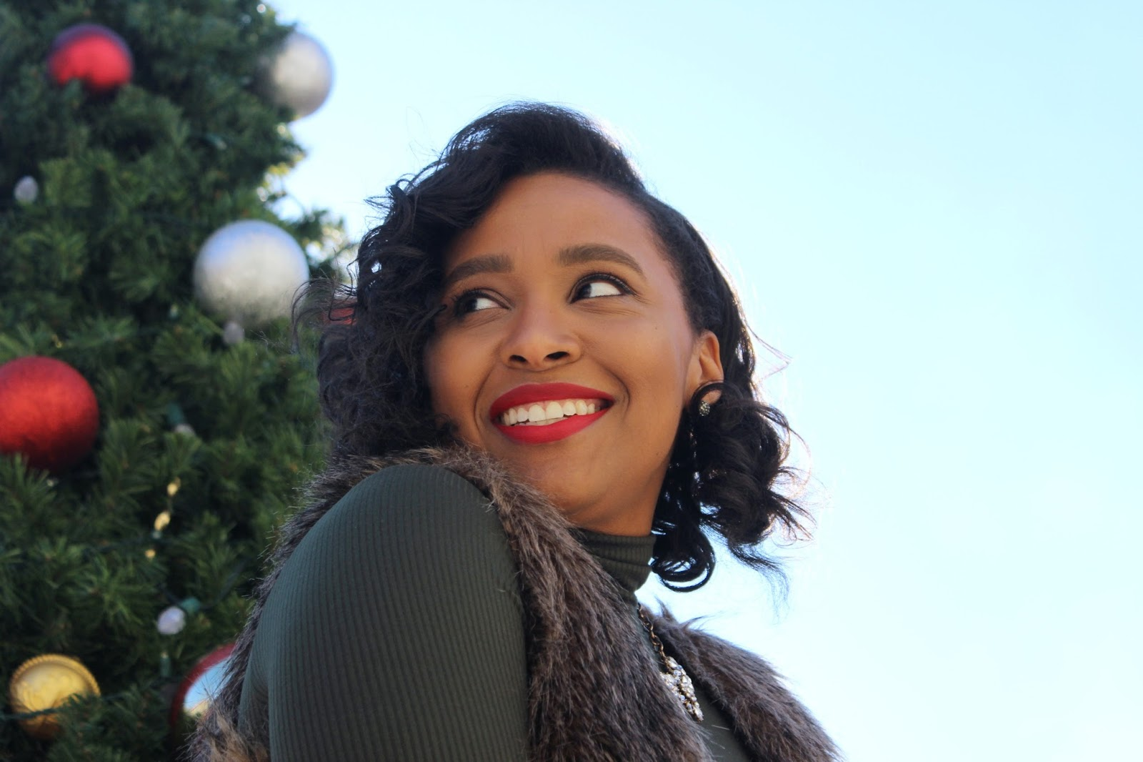 christmas outfit, holiday look, polished holiday look, faux fur, what to wear for christmas
