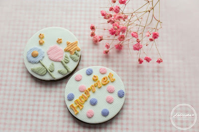 making embroidery fondant cookies in Australia
