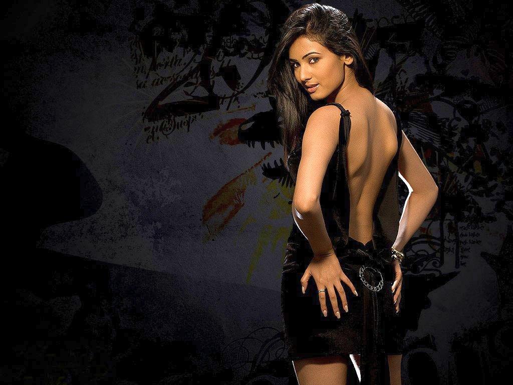 кем сексуальные индийские фильмы поэкспериментировать деньги