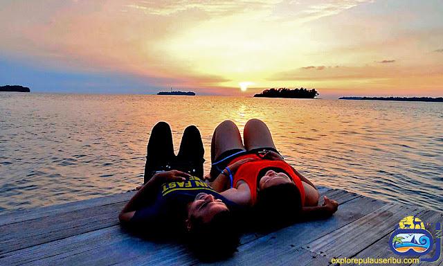 sunset di pulau harapan