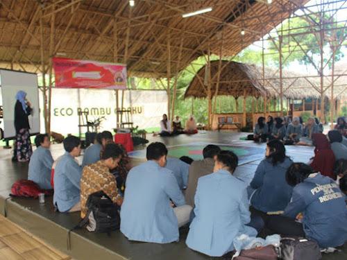 Pelatihan wirausaha di ECO Bambu Cipaku