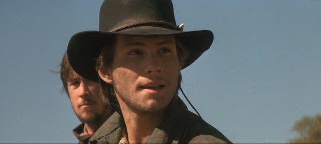 billy the kid vs young guns Young guns is a 1988 american western film directed by christopher cain and written by john fusco the film is the first to be produced by morgan creek productions the film stars emilio estevez, kiefer sutherland, lou diamond phillips, charlie sheen, dermot mulroney, casey siemaszko.