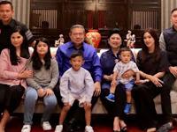 Keluarga Besar SBY berlibur ke Tawangmangu