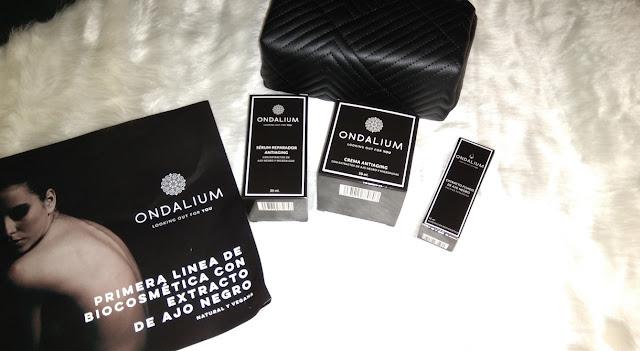 Ondalium - biocosmetica con microalgas y extracto de ajo negro.