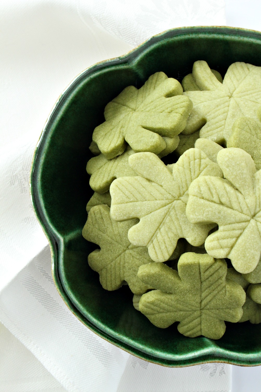 St Patrick's Day Baking Idea // Green Shortbread