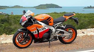 BURSA MOGE BEKAS : Dijual MOGE Honda CBR1000 cc tahun 2011