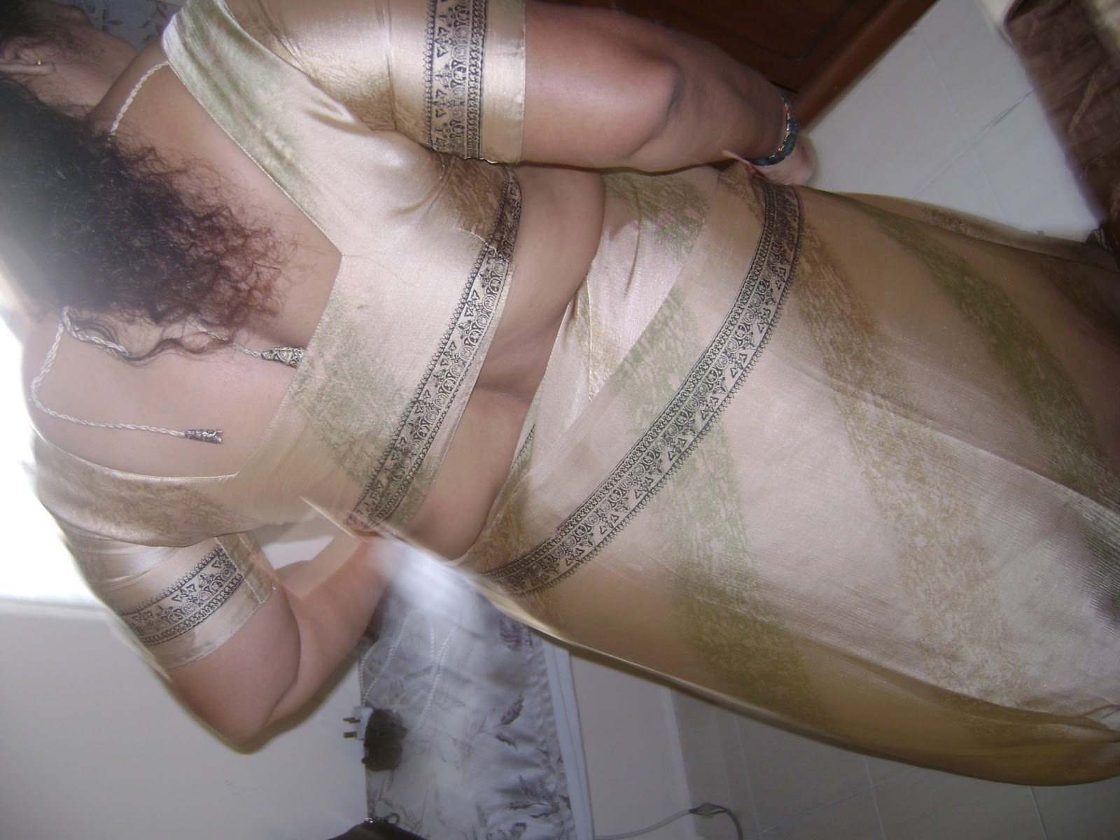 Sorry, that in saree busty indian aunty
