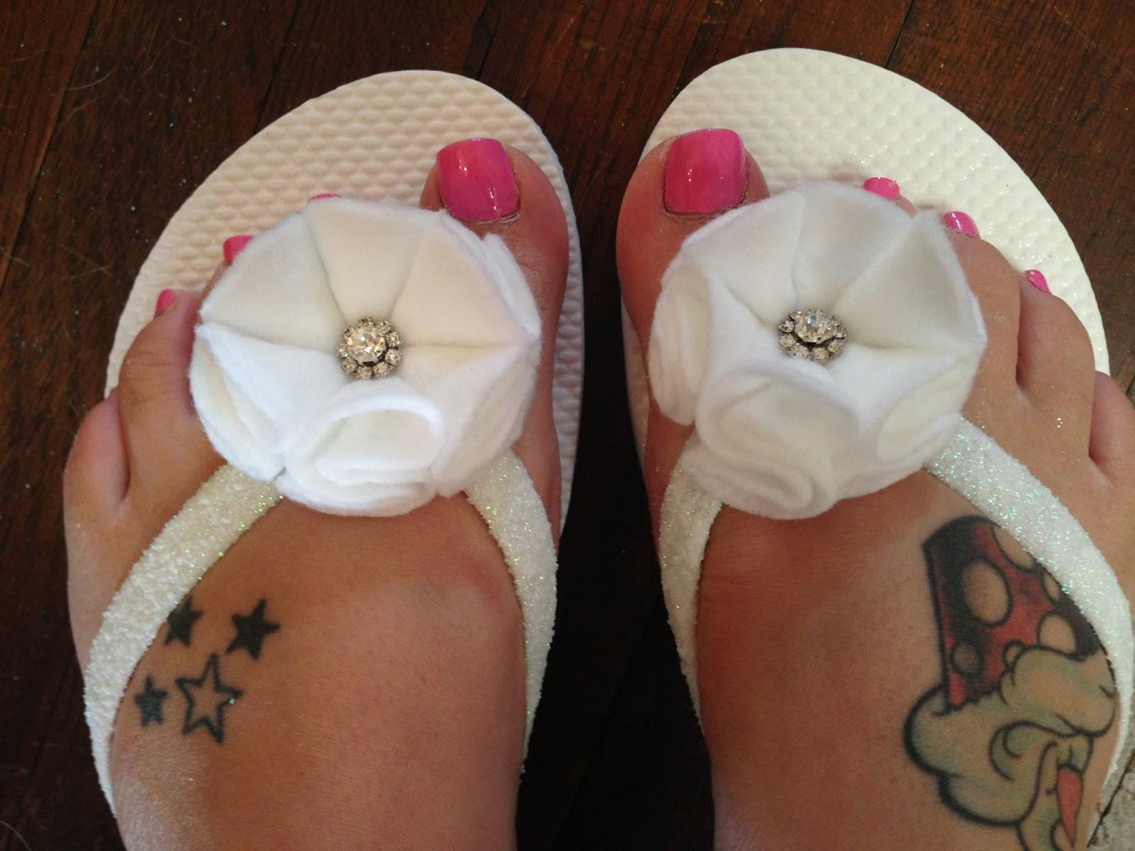 8bc06c26a0e Pink Cupcake Weddings  DIY  Cute and Easy Bridal Flip Flops
