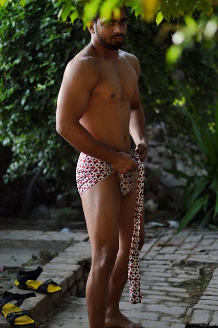 desi indian lund lauda dick pic wearing langot underwear