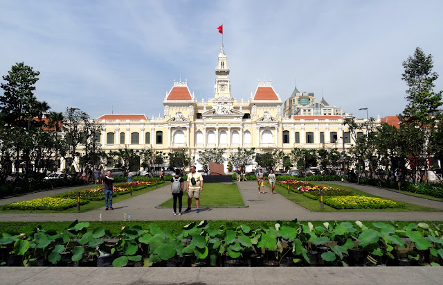 Ho Chi Minh City Hall and Shopping Malls