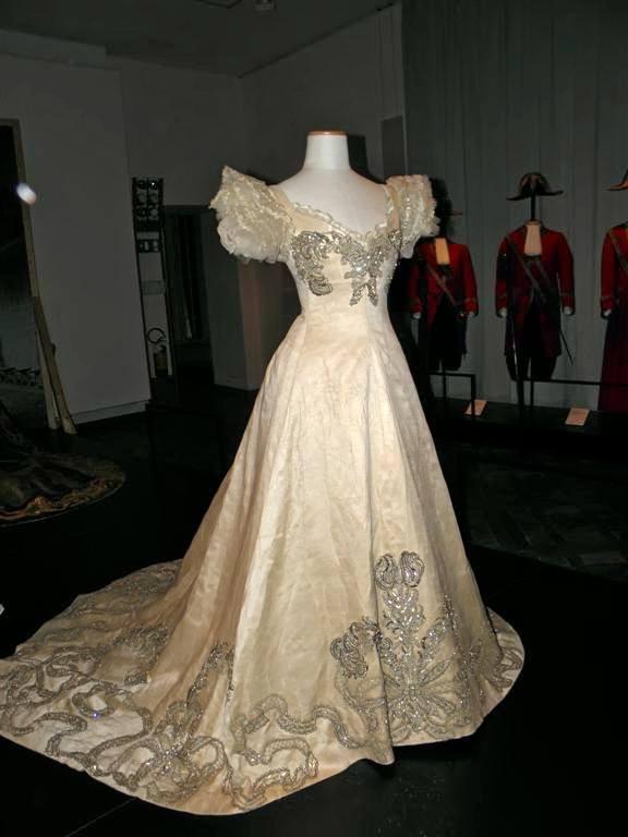Платье Елены Черногорской, королевы Италии