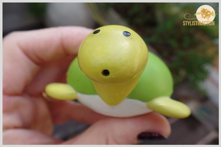 DIY riego por goteo kidsfriendly para hacer con chicos con juguetes de Casa Ideas. Tortuga para jugar en el agua.