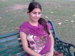 Bangla choti sex আমার ঠাপে সে কষ্ট পাচ্ছিল