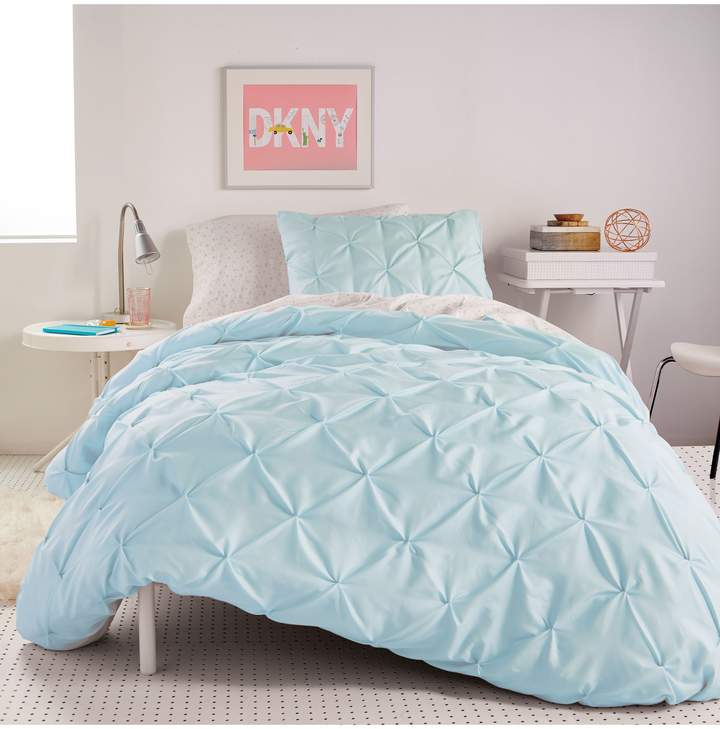 DKNY Comforter & Sham Set