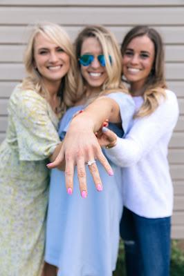 pirscionek zareczynowy - Jak wybrać idealny pierścionek zaręczynowy?