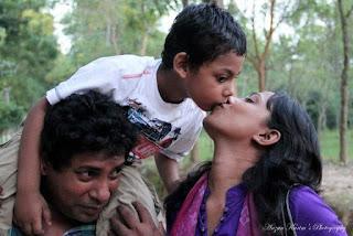 Robena Reza Jui Bangladeshi Actress Biography, Hot Photos With Her Husband And Son