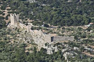 Συνέχιση των εργασιών αναστήλωσης στο φρούριο των Αιγοσθένων