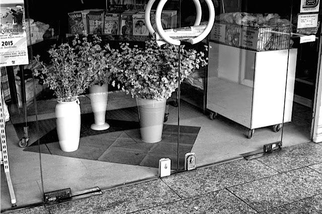 42553 neviges. Black Bedroom Furniture Sets. Home Design Ideas