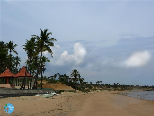 Pantai Slopeng