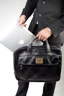 Asal Menaruh Laptop di dalam Tas