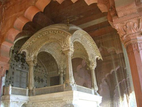 Red Fort Distorted History A Rajputana Mahal Not Any