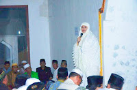 <b>Pemkab Bima Serahkan Bantuan Sarana Ibadah Rp450 juta di Kecamatan Ambalawi</b>