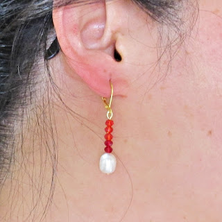 image sundance-inspired kisses and hugs earrings tutorial diy freshwater pearl red
