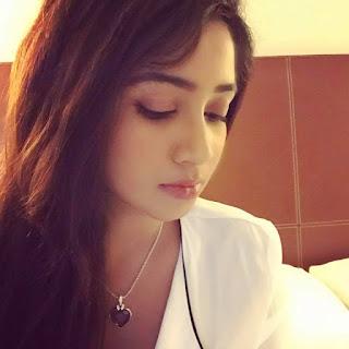 Shreya Ghoshal Indian Singer Biography, Songs List, Photos