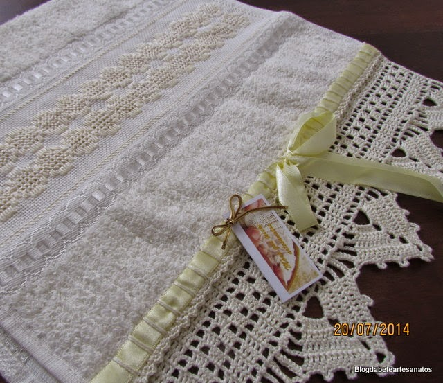 Toalha de Lavabo com Barrado em Crochê,Toalha de Lavabo com Bordado em Crivo, Bordado , Bordado em Ponto Reto, Barrado em Crochê