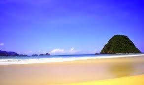 http://www.bromomalang.com/2015/05/wisata-pantai-pulau-merah-banyuwangi.html