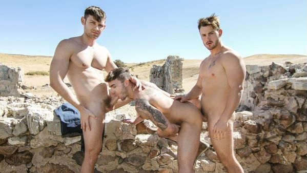 On The Run Part 2 – Jacob Peterson, Jake Ashford, Trevor Long