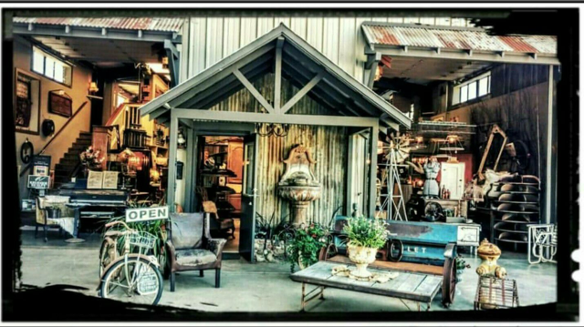 The Barn Vintage Flea Market