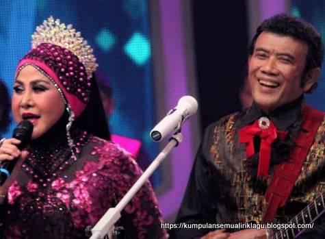 Pertemuan duet Elvi Sukaesih Rhoma Irama