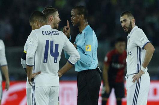 Dính thẻ đỏ ở Club World Cup, sao Real mất El Clasico