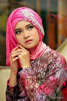 Style Hijab Untuk Wisuda Terbaru