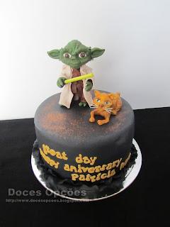O Yoda no aniversário da Patrícia