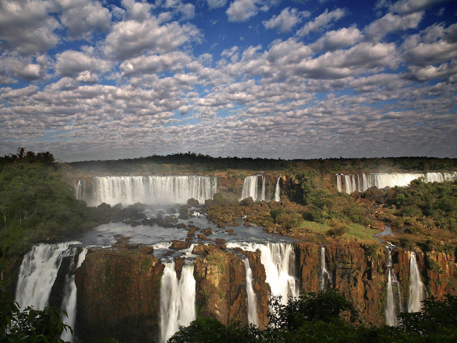 Iguazu Falls Brazil Wallpaper Iguazu Falls Brazil Argentina Border Travel And Tourism