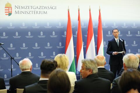 Varga Mihály: idén is folytatódik a lakásépítések dinamikus bővülése